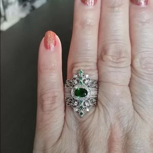 ❤️925 silver filled green cocktail art deco ring